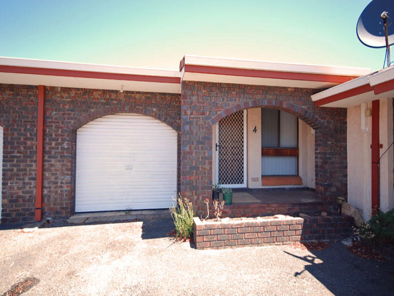 4/111 Clayton Road, Narrogin, WA 6312