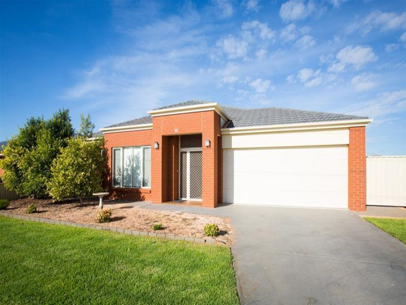 92 Pitman Avenue, Buronga, NSW 2739