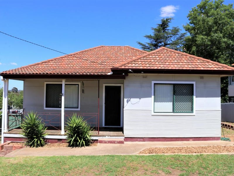 6 White Street, Young, NSW 2594