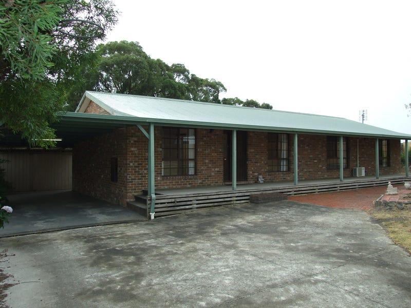 8 Catani Court, Newborough, Vic 3825