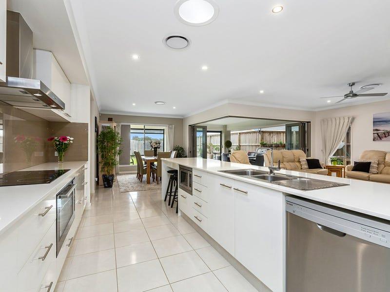 32 Lobelia Crescent, Casuarina, NSW 2487
