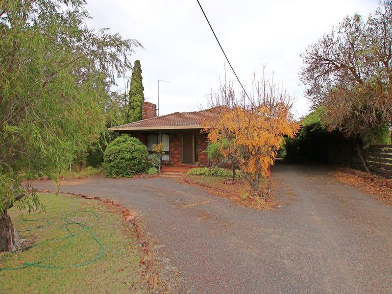 17 Powell Street, St Arnaud, Vic 3478