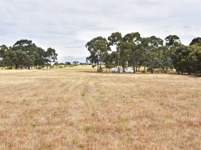 210 Fairview Drive, Clunes, Vic 3370