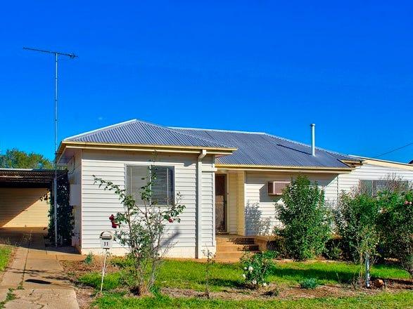 11 Macassar Street, Cowra, NSW 2794