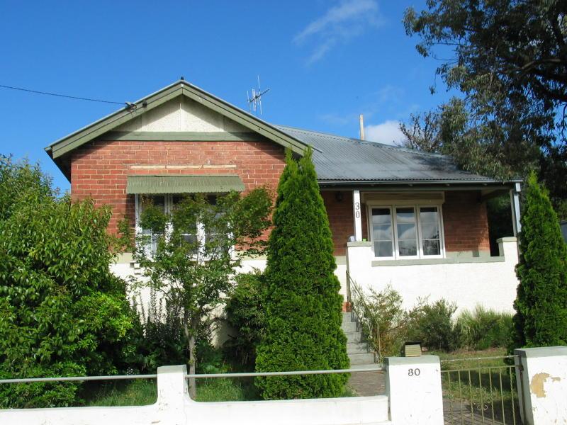 30 SLOANE STREET, Goulburn, NSW 2580