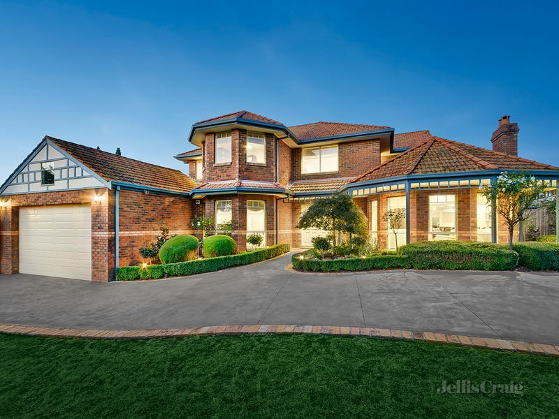 25-27 Yarraridge Drive, Chirnside Park, Vic 3116