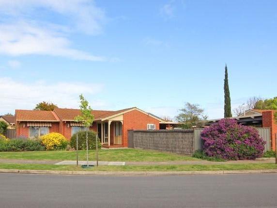 1 Shephard Court, Novar Gardens, SA 5040