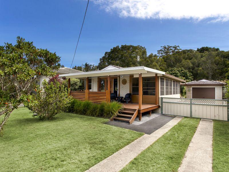 17 Bellingen Street, Urunga, NSW 2455