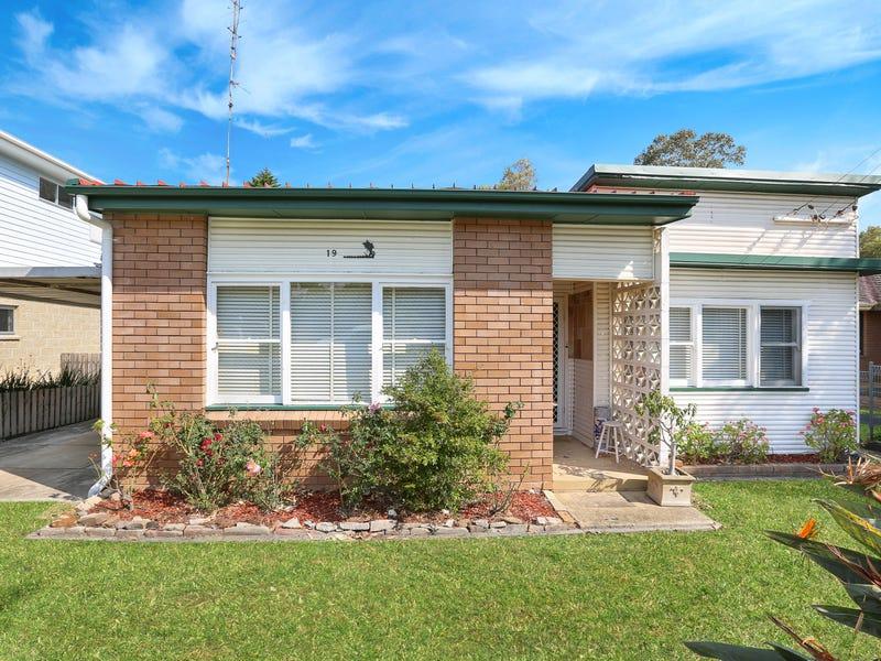 19 Beach Street, Bulli, NSW 2516
