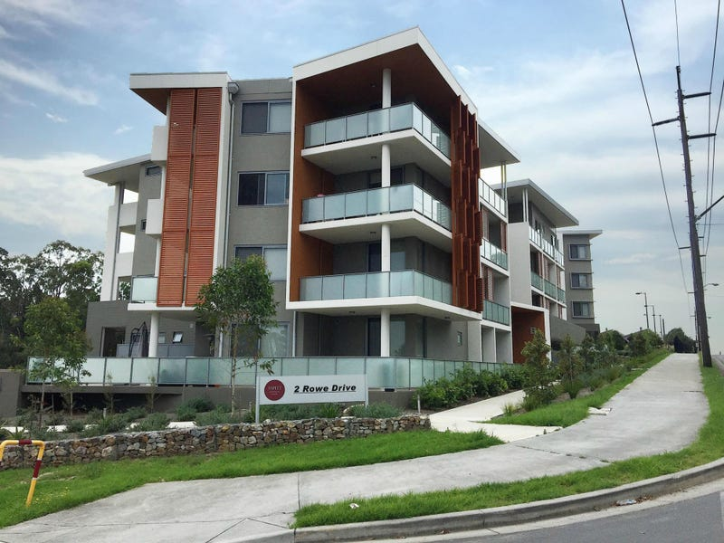 B205/2 Rowe Drive, Potts Hill, NSW 2143