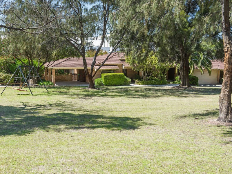 16 Taris Place, Karrinyup, WA 6018