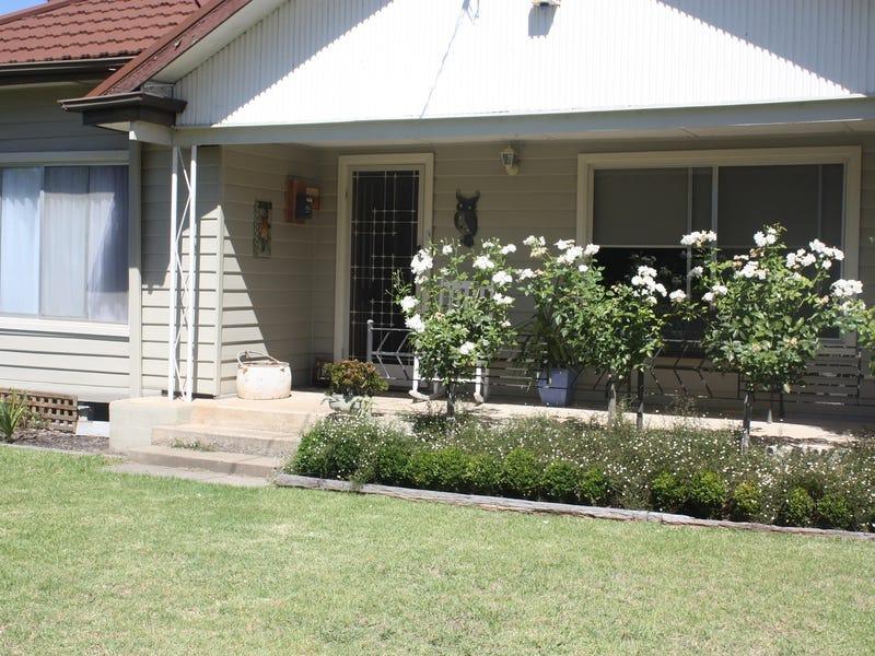 8 Riverview Road, Benalla, Vic 3672