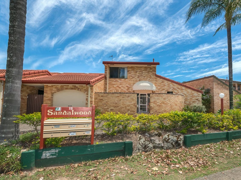 8/18 Dunlop Court, Mermaid Waters, Qld 4218