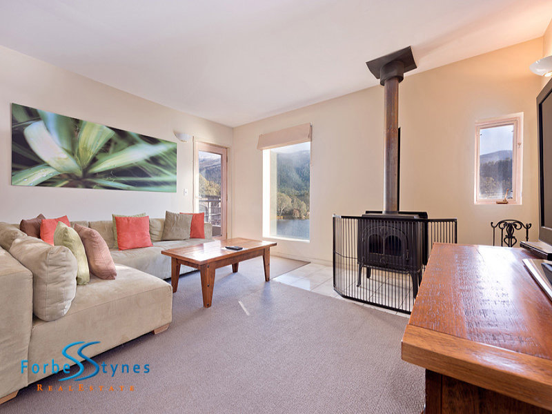 2 Bullocks Drive, Crackenback, NSW 2627