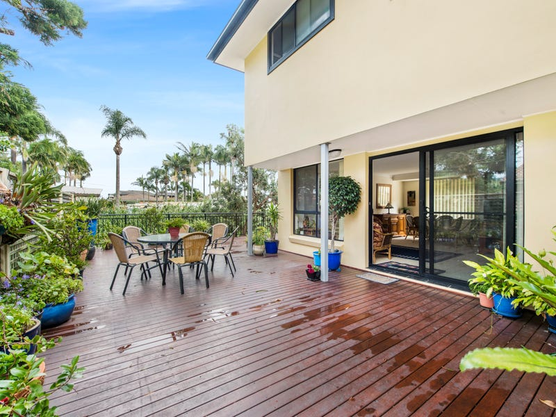 4/160 Ocean Parade, Blue Bay, NSW 2261
