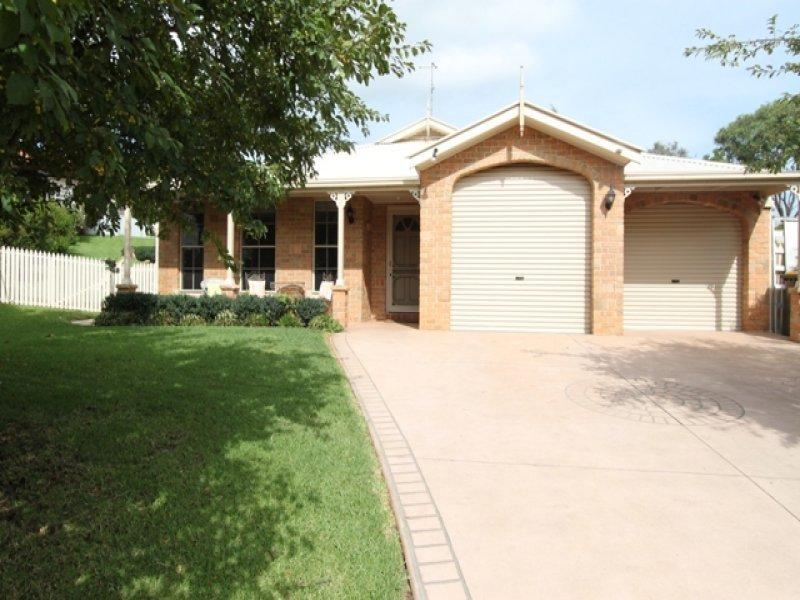 39 Kurumben Place, Bathurst, NSW 2795