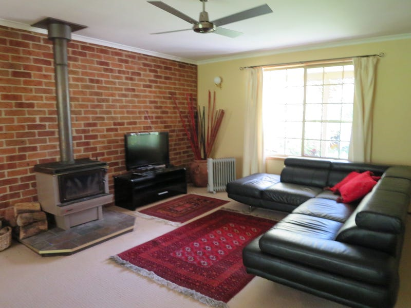 170 Wickerslack Lane, Googong, NSW 2620