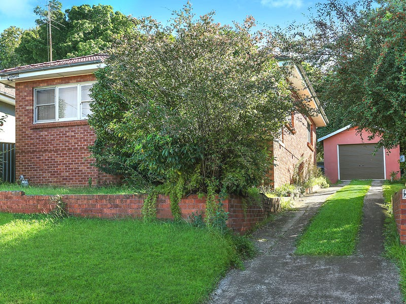 28 Abercrombie Street, West Wollongong, NSW 2500