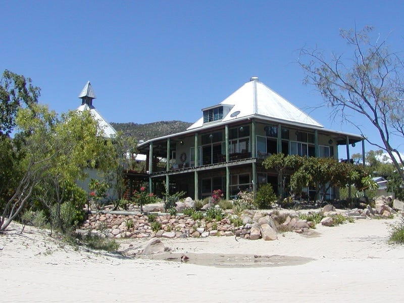59 Moonlight Bay Esplanade, Gumlu, Qld 4805