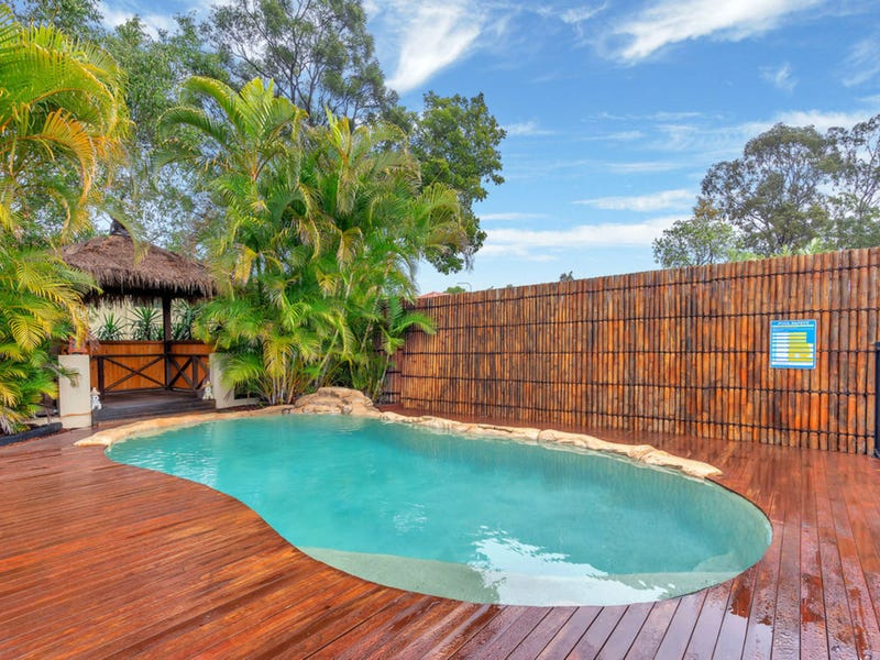 8 Levestam Court, Carrara, Qld 4211