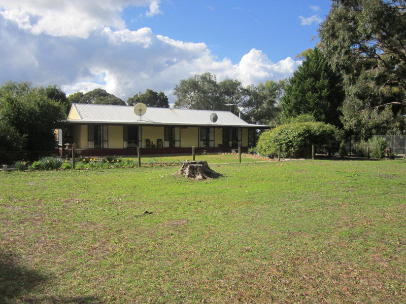 258 Ealing Road, Collie, WA 6225