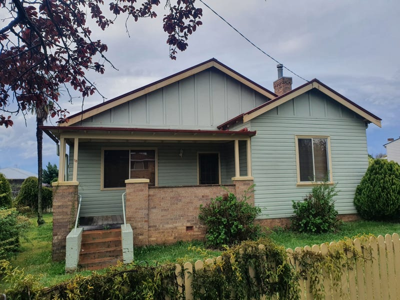 18 Glasson Street, Glen Innes, NSW 2370