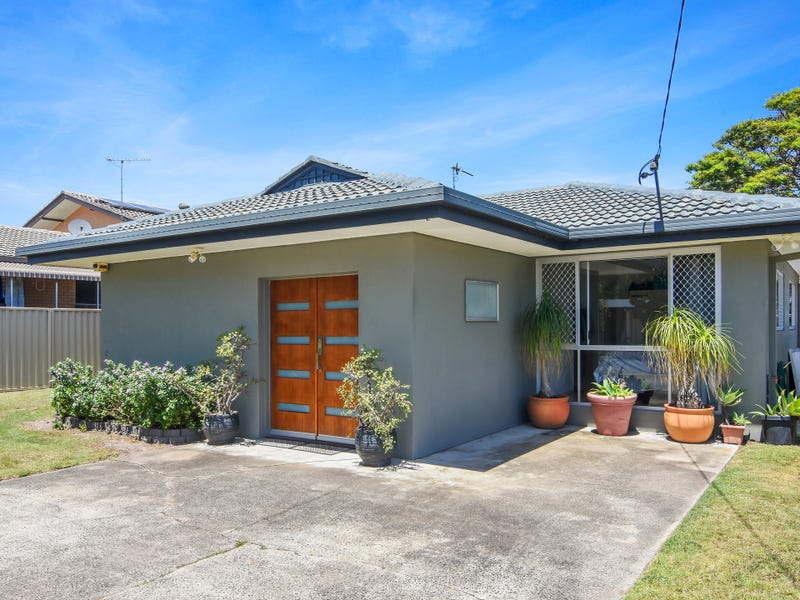 46 Blue Waters Crescent, Tweed Heads West, NSW 2485