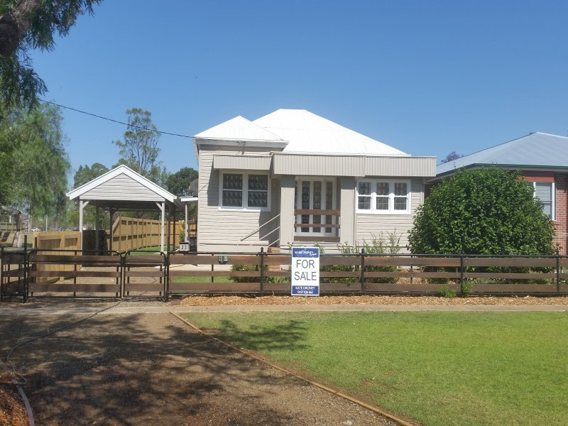 .23 Murray Street, Pittsworth, Qld 4356