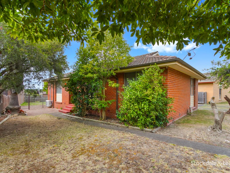 42 Switchback Road, Churchill, Vic 3842