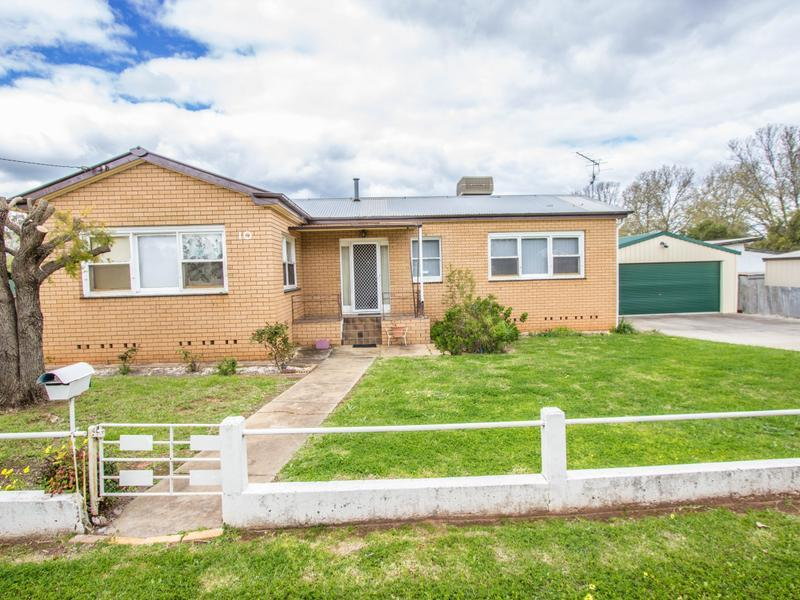11 Margaret Street, Narrandera, NSW 2700