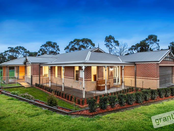 93 Follett Drive, Nyora, Vic 3987