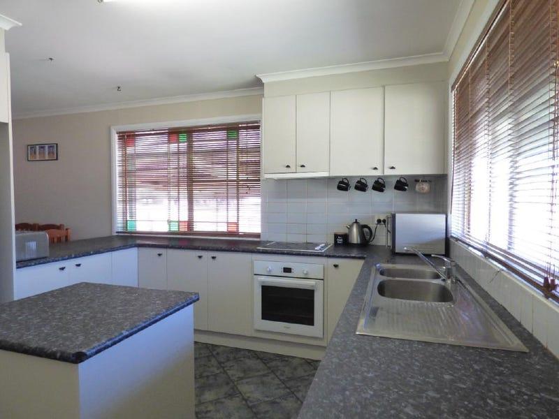 12 Hibernia Street, Stockinbingal, NSW 2725