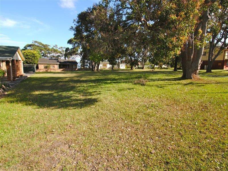 63 Greenbank Grove, Culburra Beach, NSW 2540