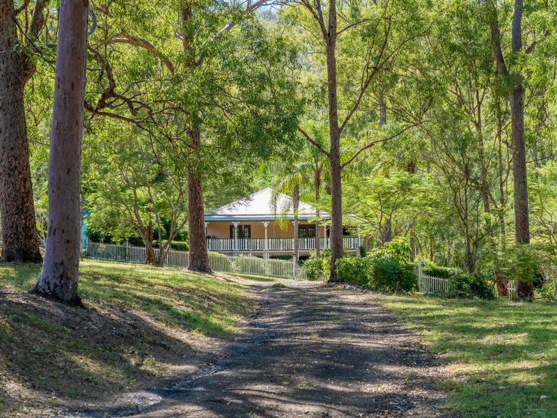 172 Outlook Drive, Esk, Qld 4312