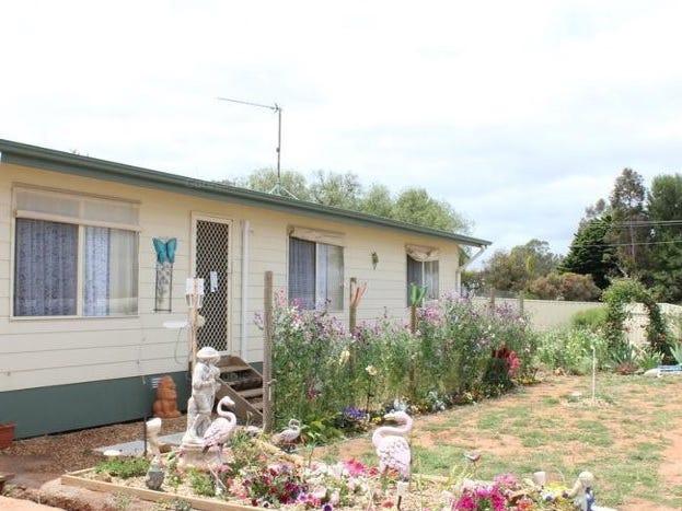 3 Davies Terrace, Spalding, SA 5454
