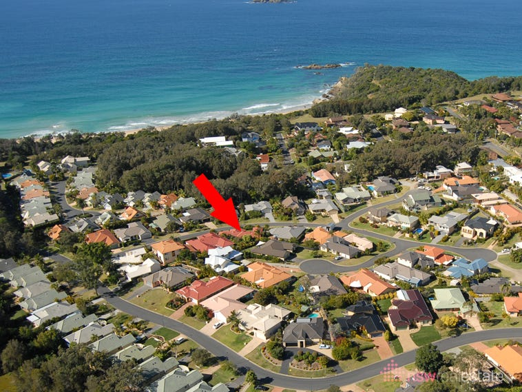 8 Bluewater Place, Sapphire Beach, NSW 2450