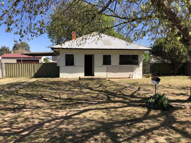 30 Walter Street, Finley, NSW 2713