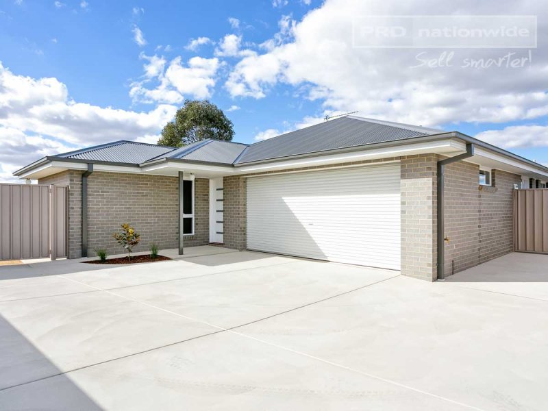 2/42 Breasley Crescent, Boorooma, NSW 2650