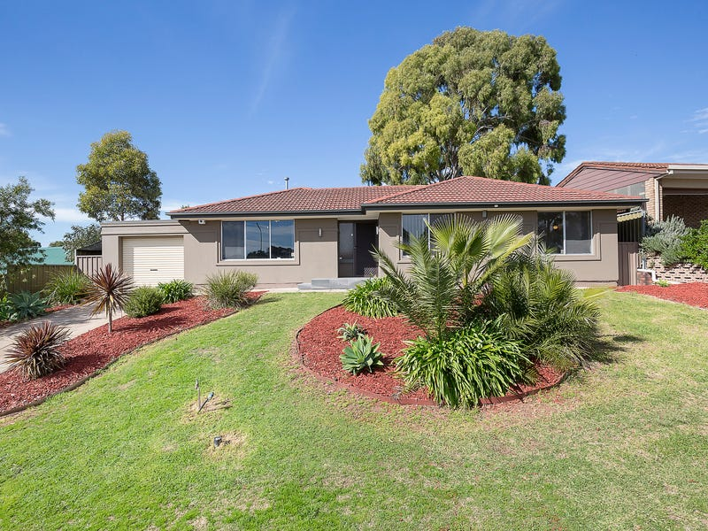 4 Gaylard Crescent, Redwood Park, SA 5097