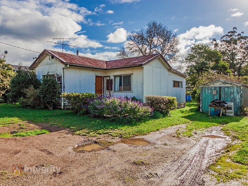 3 Robertson Road, Kinglake, Vic 3763