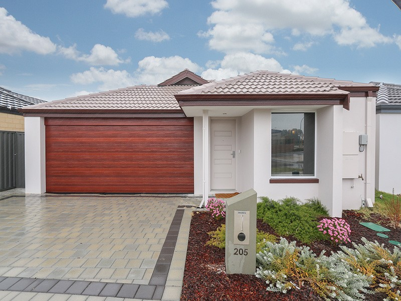 205 Suffolk St, Caversham, WA 6055