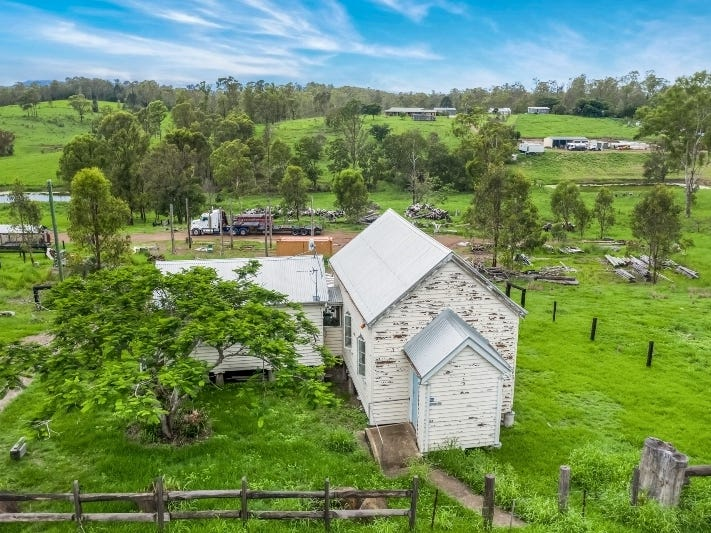 735 Mary Valley Road, Long Flat, Qld 4570
