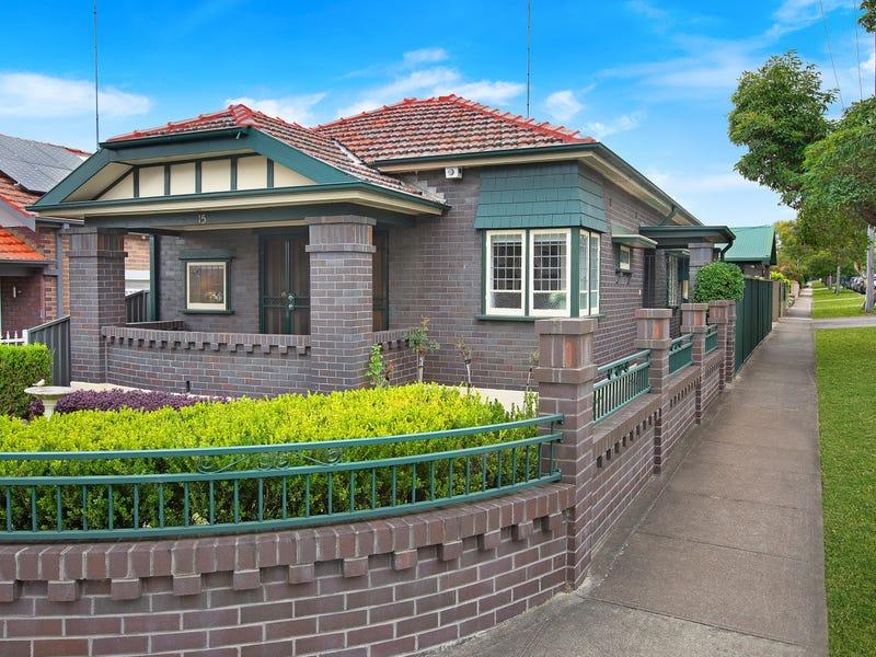 15 Arthur Street, Rodd Point, NSW 2046