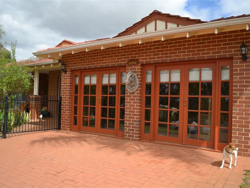 16 Edwards Street, Gingin, WA 6503
