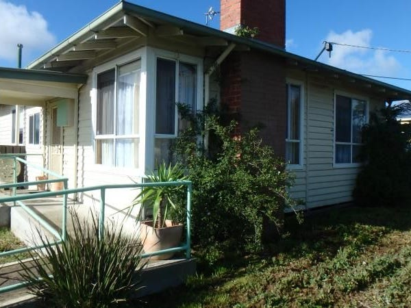 6 Violet Grove, Wendouree, Vic 3355