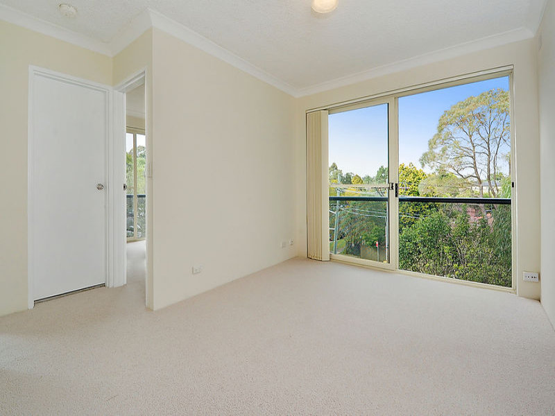 12/10-12 Northcote Road, Hornsby, NSW 2077