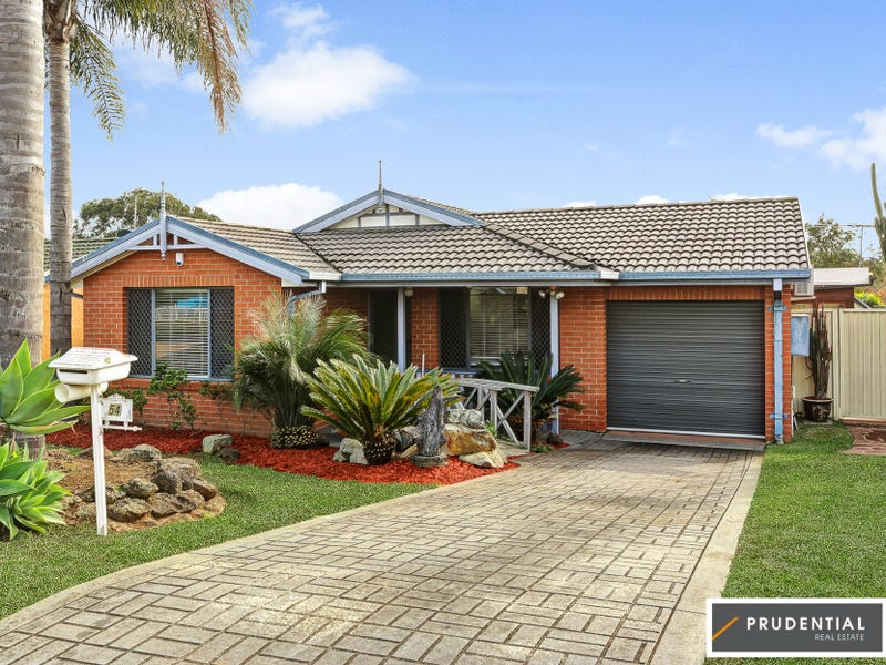 54 Victoria Road, Macquarie Fields, NSW 2564