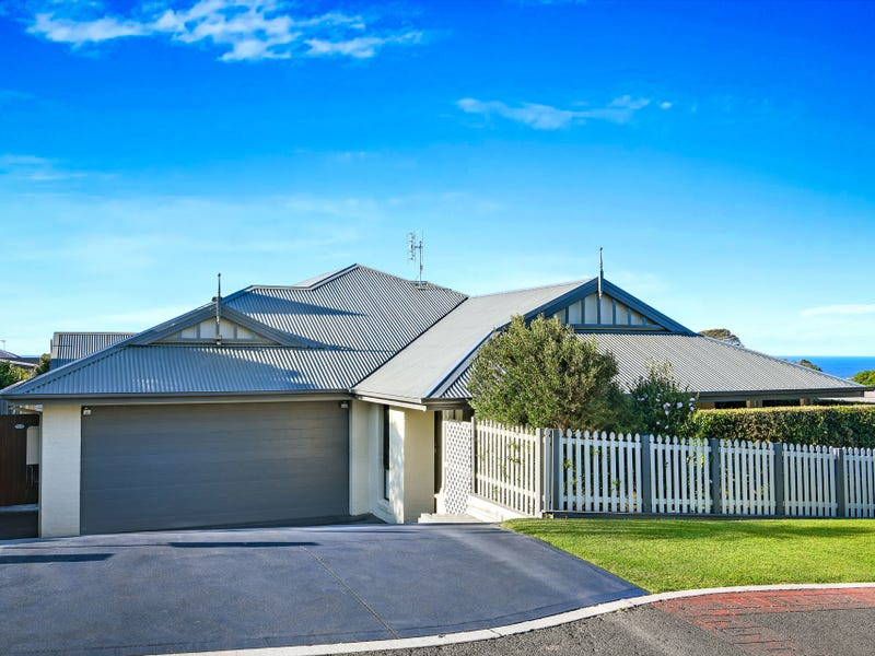 17 Price Avenue, Kiama, NSW 2533