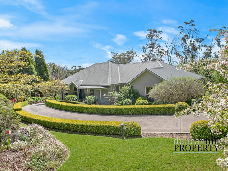 203 Oxley Drive, Mittagong, NSW 2575
