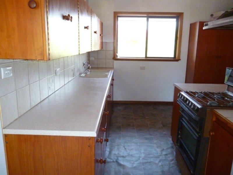 12 Needs Road, Lameroo, SA 5302
